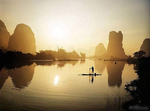 信息中心 关于阳朔的诗词   有关赞美阳朔的诗歌云中的神呵,雾中的仙