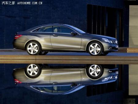 奔驰新e级coupe将于成都车展上市