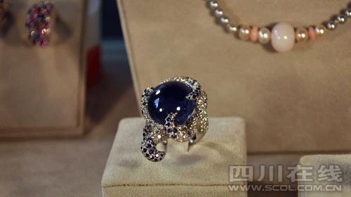 法国风尚热爆春熙路 价值192万蓝宝石戒指亮相