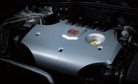名爵MG 7 1.8T发动机有非常不错的动力输出