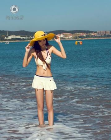 80后美女海滩比基尼秀