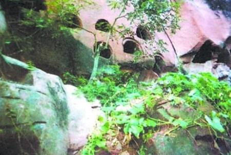 女人嫩穴洞_乐山沐川发现僰人洞 210处悬棺穴免费参观(图)
