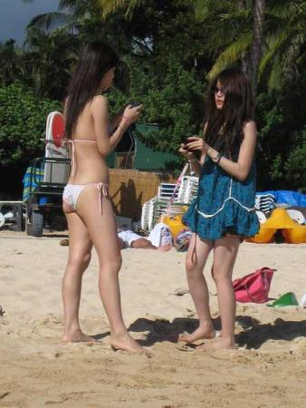 环游夏威夷偶遇台湾比基尼美女