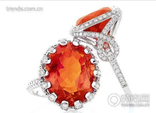 Tiffany &Co. 铂金镶椭圆形钻石花瓣及橙色火欧泊戒指