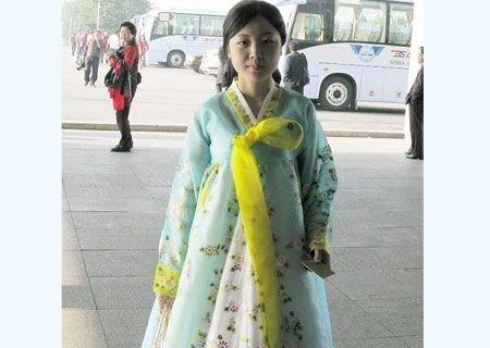 朝鲜美女_神秘的朝鲜啦啦队美女组图