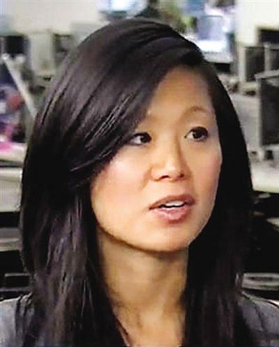 全吉娜是《华尔街日报》记者,事件曝光后辞职。