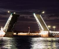 @远方雪:缓缓打开的冬宫桥