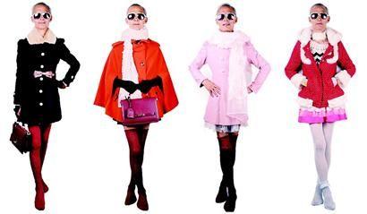 72岁外公代言青春系女装