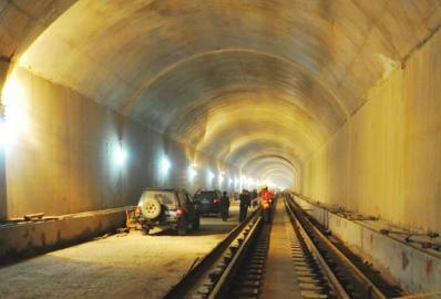 机场路隧道通过评估