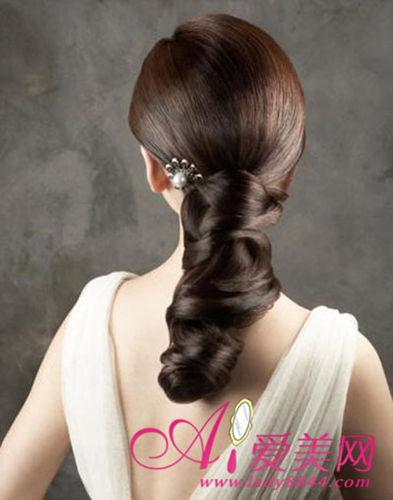 可爱韩式新娘发型 演绎浪漫童话婚礼