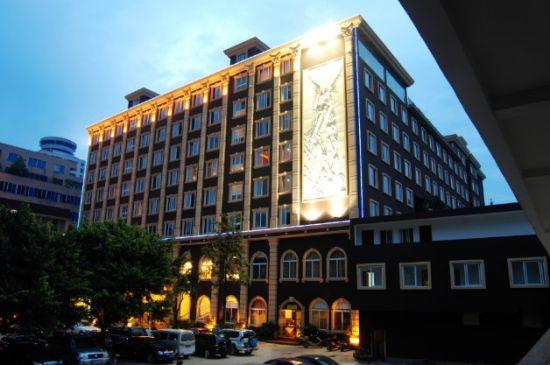 酒店借鉴欧式古典建筑风格