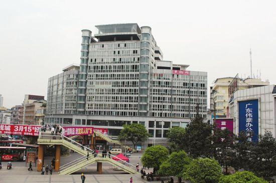 宜宾人民大厦。