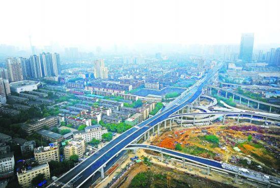 5月8日,二环路东四标段,双桥子立交桥节点俯瞰图,航拍高度约150米