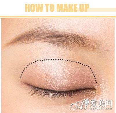 淡妆的基本步骤图解