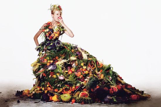 创意大片:水果沙拉制成的华丽礼服