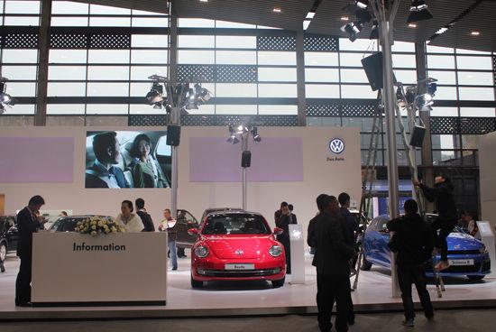 新双立携明星车型闪耀亮相2013绵阳国际车展