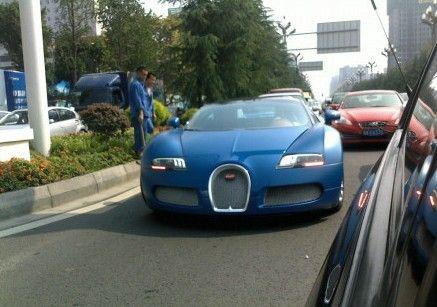 价值3800万以上的布加迪Grand Sport跑车