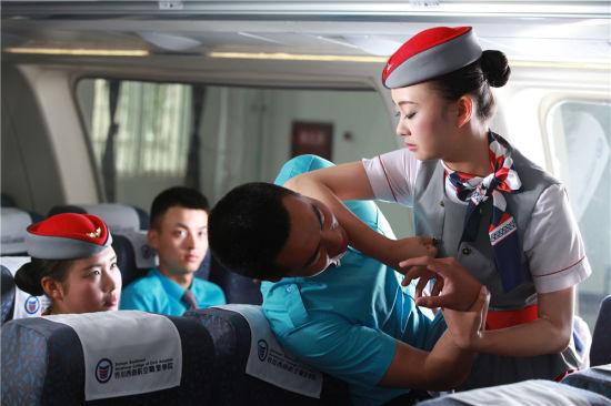 请相信机组人员——探访民航空乘空保如何