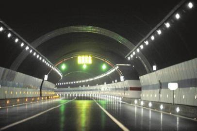 成都二绕重点工程 丹景2号隧道