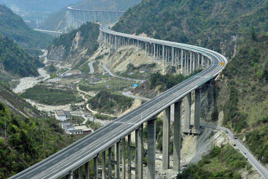 3年后四川135个县通高速 完成投资10300亿元