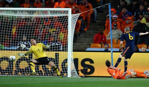 西班牙加时绝杀10人荷兰 加冕第8支冠军队