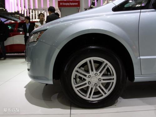 比亚迪 戴姆勒合资电动车2013年将上市高清图片