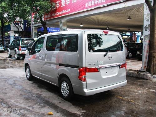 郑州日产 10款日产NV200