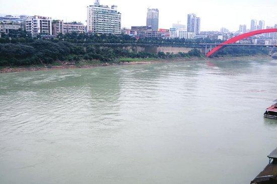 金沙江水变化后。