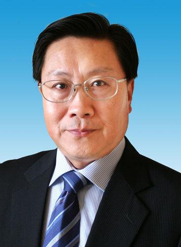 王东明同志