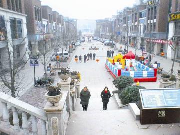 """安岳县柠都新城的兴柠街,被当地人称作安岳的""""春熙路"""""""