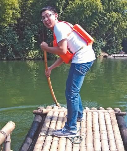 绵阳准大学生玩水溺亡 家属质疑救援不力