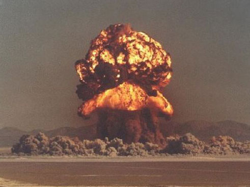 核爆炸震撼瞬间